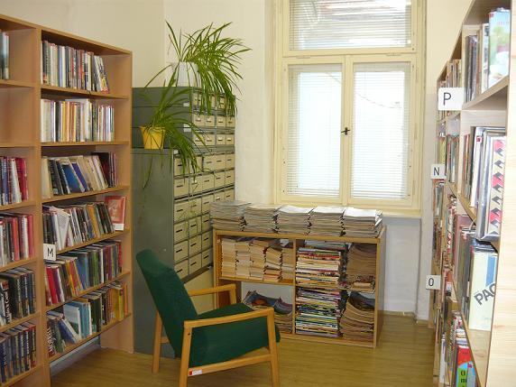 OBRÁZEK : knihovna_002.jpg